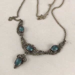 Jewelry - Stunning silver and blue zircon necklace